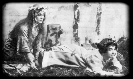 «Снегурочка» А. Н. Островского. МХТ. 1900 г. Лель — М. Ф. Андреева, Весна — Е. М. Мунт.