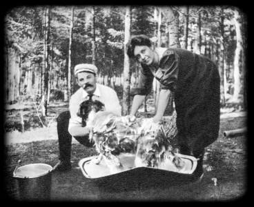 М. Ф. Андреева и А. М. Горький в домашней обстановке. Америка. 1906 г.